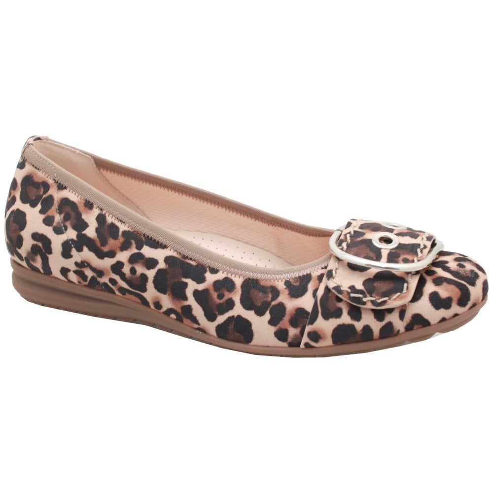 Gabor flat shoes