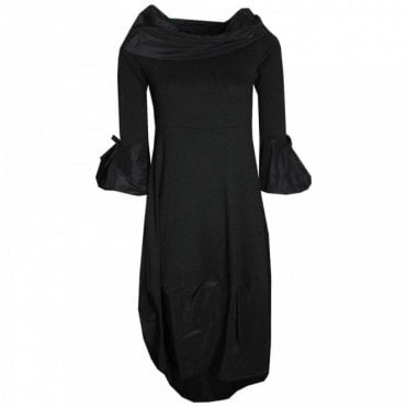3/4 Sleeve Dress With Contrasting Collar