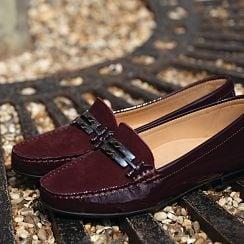 Women's Buckle Detail Flat Moccasin Shoe