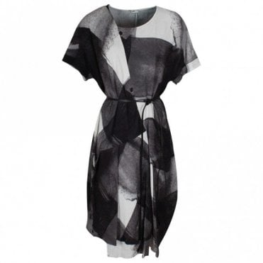 Crea Concept Drop Sleeve Printed Dress With Belt