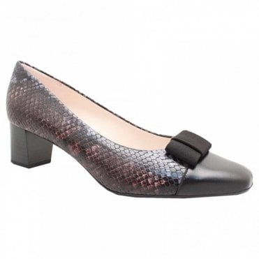 Gila Low Heel Court Shoe