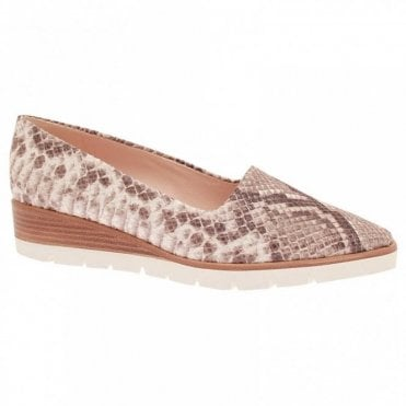 Jeanette Skin Effect Low Wedge Shoe