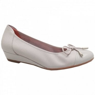 Sabrinas Low Wedge Soft Leather Ballet Pump
