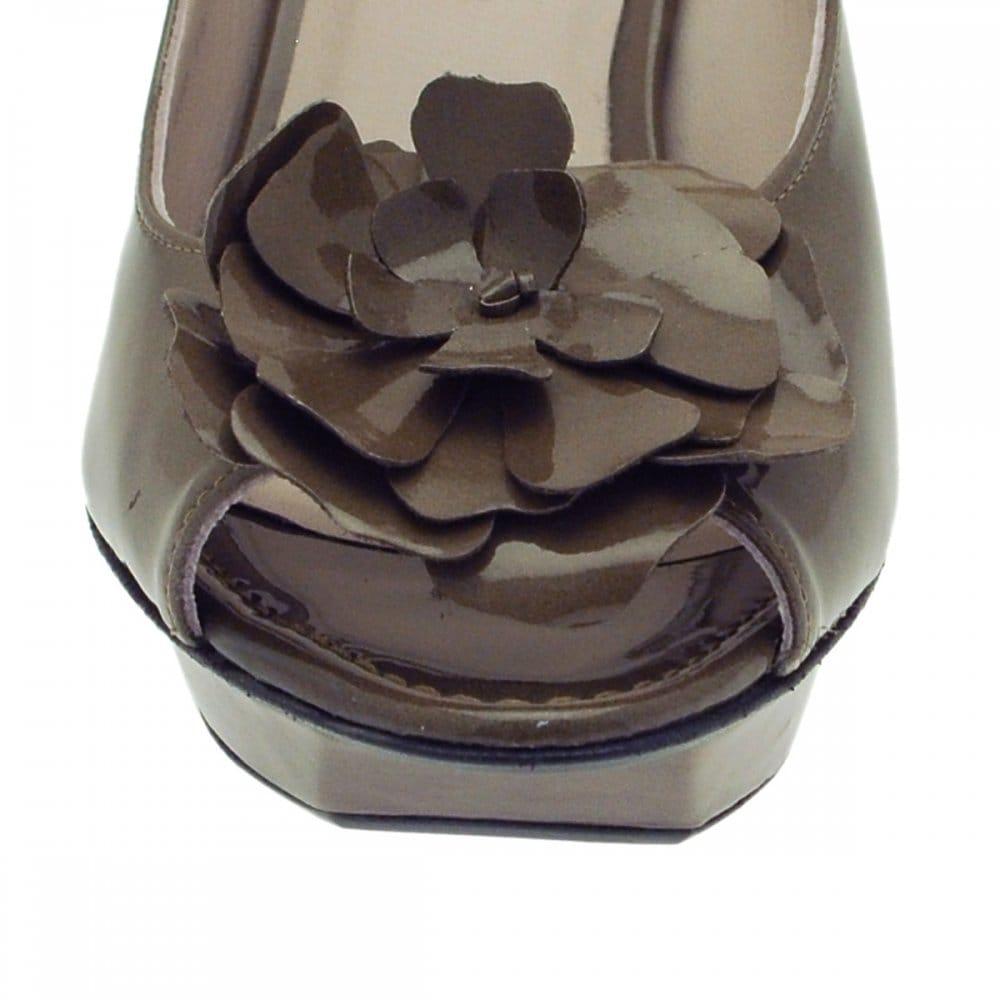 kennel und schmenger p f s b sandal kennel und schmenger. Black Bedroom Furniture Sets. Home Design Ideas