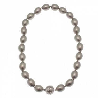Shell Pearl Necklace With Magnetic Clasp