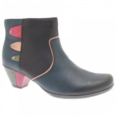 Thermal Lined Block Heel Ankle Boot