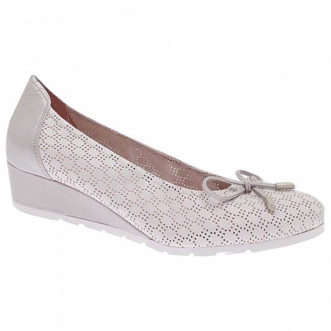 sabrinas Low Wedge Studded Ballet Pump 6 Silver d75EyK