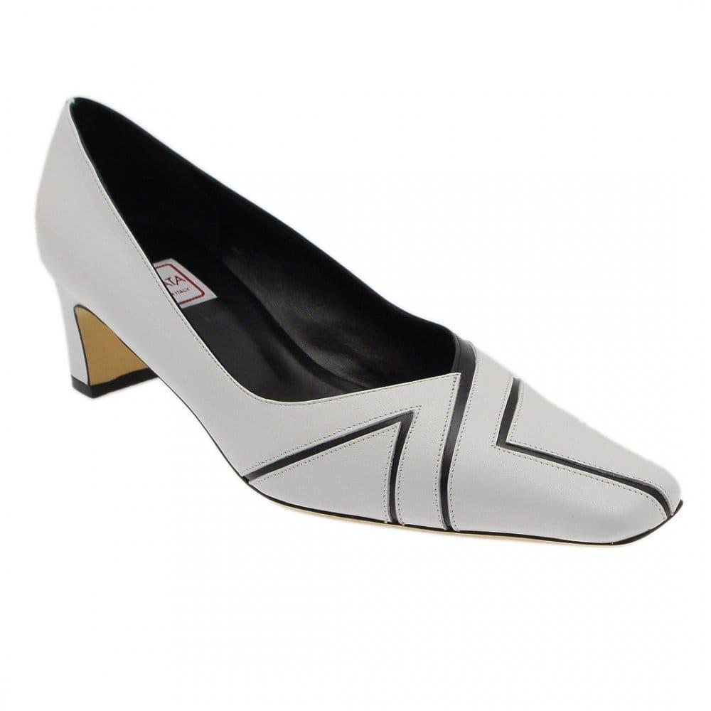monochrome low court shoe