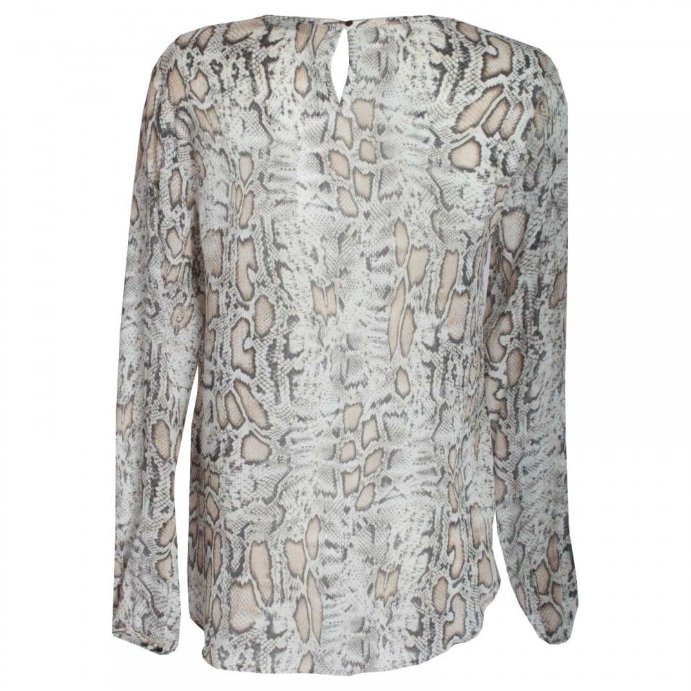 5904e21407b13 Women s Leopard Print Long Sleeve Top Oui At Walk In Style