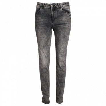 Women's Striaght Leg Slim Fit Jeans